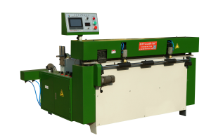 Automatic large sheet cutting machine
